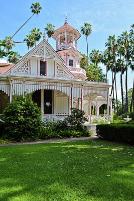 Photograph - Los Angeles Queen Anne Cottage Portrait by Kyle Hanson