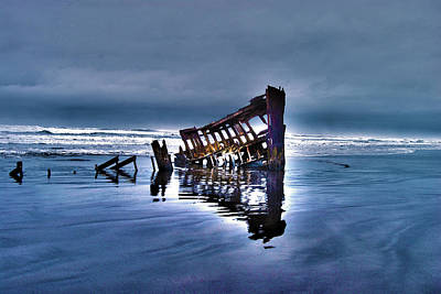 Peter Iredale Photograph - Lost At Sea by Heather  Parsons