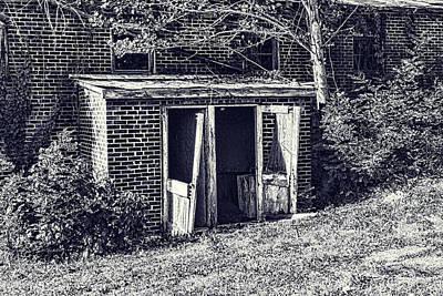 Photograph - Lost Doorway by Sharon Popek