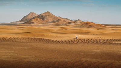 Photograph - Lost In The Desert by Alexandre Rotenberg