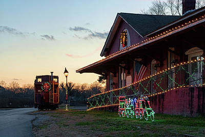 Photograph - Loudon Train Station Christmas by Sharon Popek