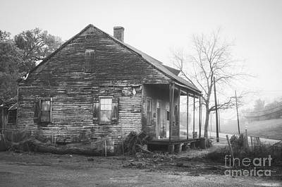 Photograph - Louisiana House On River Road 3 by Kathleen K Parker