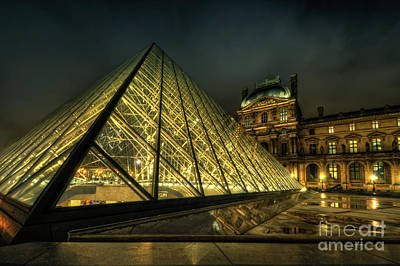 Photograph - Louvre 2.0 by Yhun Suarez