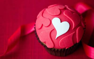 Cupcake Love Digital Art - Love Cupcake by F S