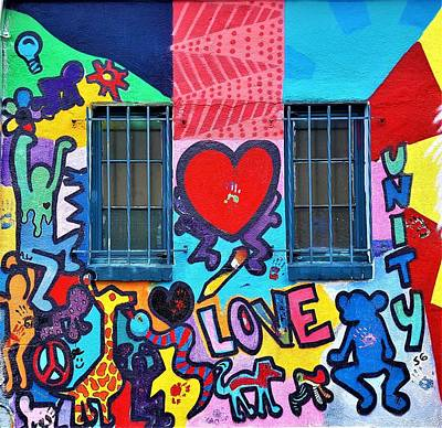 Photograph - Love Haring  by Rob Hans
