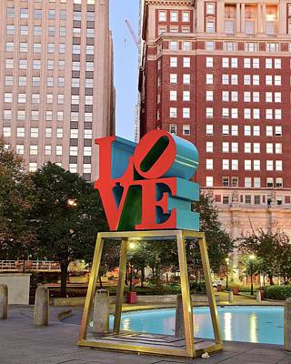 Photograph - Love In The City Of Brotherly Love by Frozen in Time Fine Art Photography