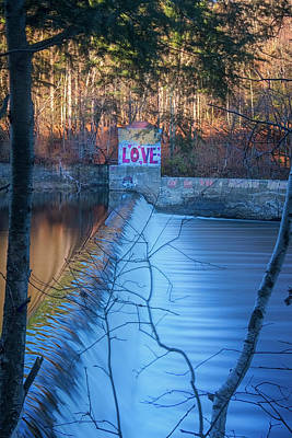 Photograph - Love On The River by Tom Singleton