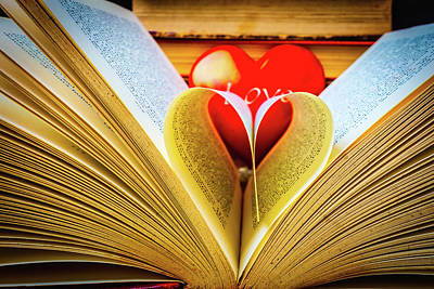 Photograph - Love To Read Books by Garry Gay