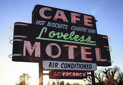 Mom And Pop Motels Photograph - Loveless Cafe And Motel Nashville by David M Porter