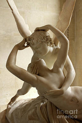 Photograph - Lovers - Louvre Museum Paris France by Gregory Dyer