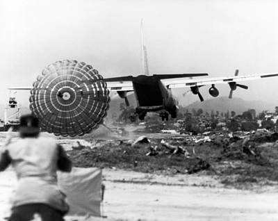 U.s Army Photograph - Low Altitude Supplies by Underwood Archives