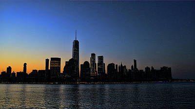 Photograph - Lower Manhattan At Sunrise by Allen Beatty