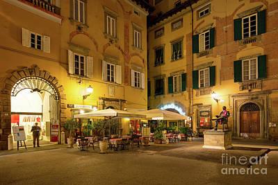 Lucca Piazza Art Print