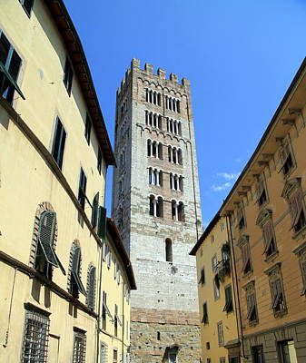 Photograph - Lucca Tuscany by Valentino Visentini