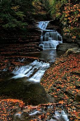Photograph - Lucifer Falls by Matthew Winn