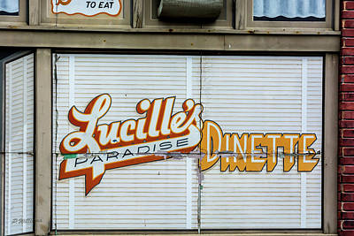 Photograph - Lucille's by Pamela Williams