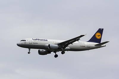 Lufthansa Airbus A320 Art Print