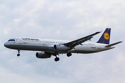 Lufthansa Airbus A321 Art Print