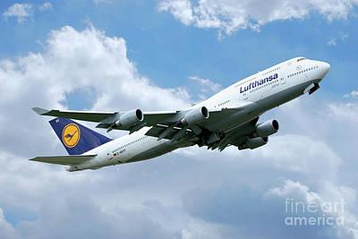 Lufthansa Boeing 747 Art Print