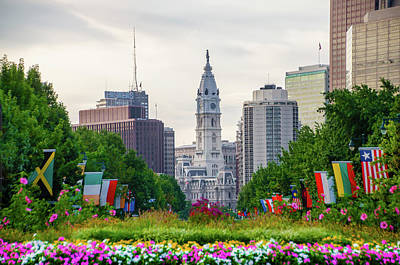 Photograph - Lush Garden On The Parkway - Philadelphia by Bill Cannon