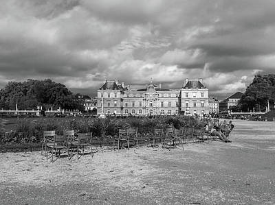 Palais Du Luxembourg Wall Art - Photograph - Luxembourg Gardens 3 by Martin Alonso