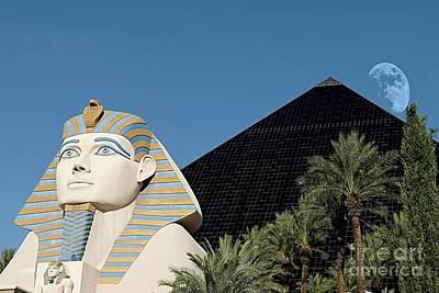 Photograph - Luxor Hotel Las Vegas by Bob Pardue