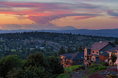 Luxury Homes In Happy Valley Oregon Art Print by David Gn