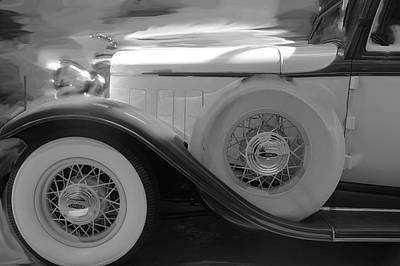 Spare Tire Digital Art - Luxury Lincoln Bw by Kevin Allen