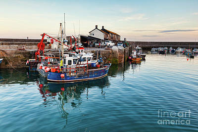 Photograph - Lyme Regis, The Fleet by Colin and Linda McKie
