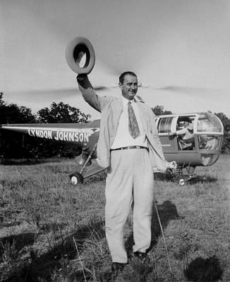 Lyndon Photograph - Lyndon Johnson Campaigning by Everett