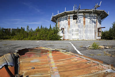 Abandoned Military Bases Photograph - Lyndonville Air Force Station - Vermont by Erin Paul Donovan