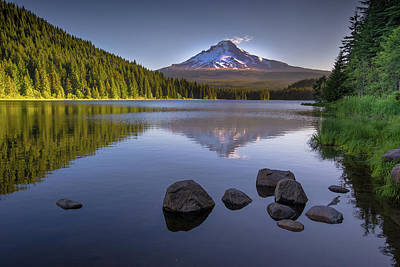 Photograph - M T Hood Sunrise At Lake Trillium by Michael Balen