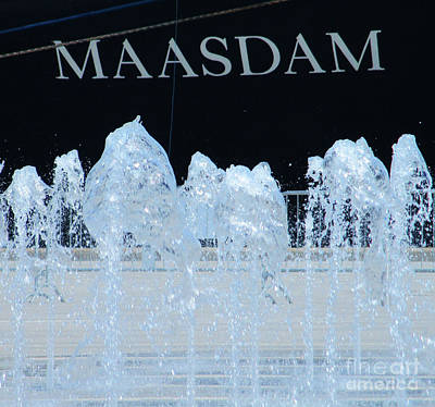 Photograph - Maasdam In Quebec City by Randall Weidner