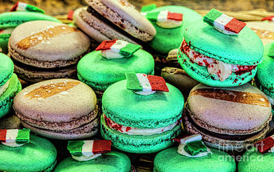 Photograph - Macaroons by Shirley Mangini