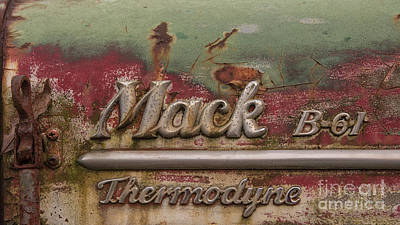 Photograph - Mack Thermodyne by Terry Rowe