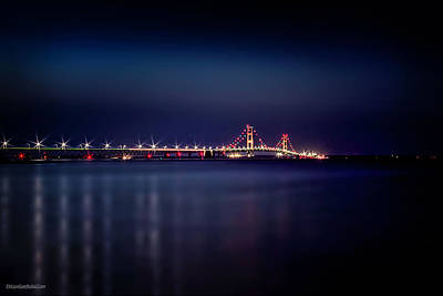 Photograph - Mackinaw Bridge At Night by LeeAnn McLaneGoetz McLaneGoetzStudioLLCcom