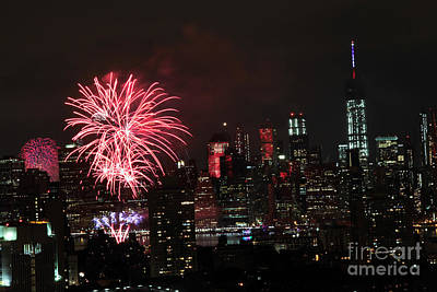 Photograph - Macy's July 4th 2015 Fireworks-2 by Steven Spak