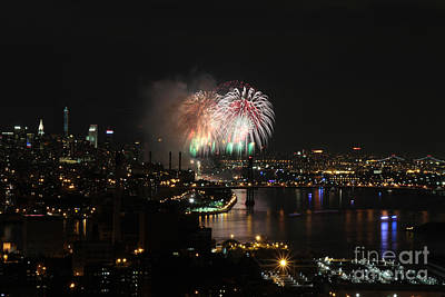 Photograph - Macy's July 4th 2015 Fireworks-4 by Steven Spak