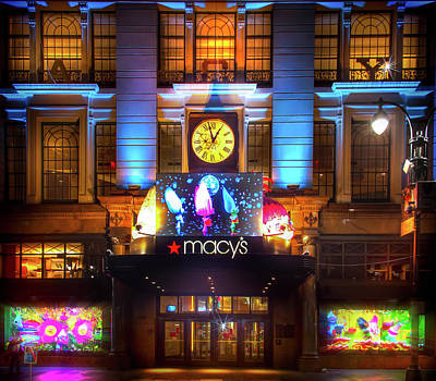 Photograph - Macy's New York City by Mark Andrew Thomas
