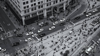 Photograph - Madison Square Traffic II by Clarence Holmes