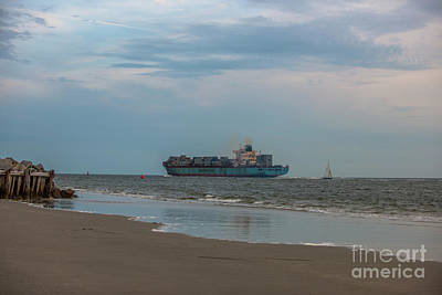 Photograph - Maersk Duisburg Leaving Charleston by Dale Powell