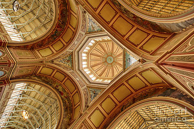 Photograph - Magestic Architecture by Ray Warren