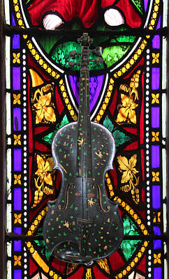 Photograph - Magic Violin 2 by Tom Conway