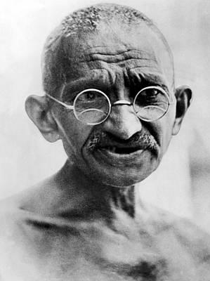 Gandhi Photograph - Mahatma Gandhi In 1931 by Everett
