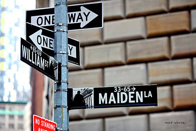 Photograph - Maiden Lane by Mark Alesse