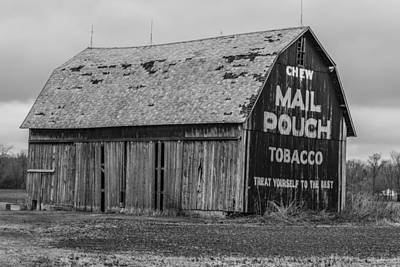 Photograph - Mail Pouch Barn In Ohio  by John McGraw