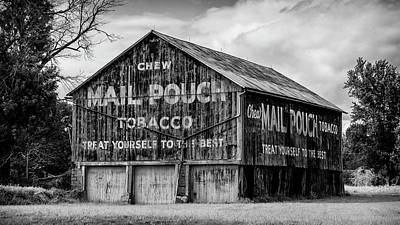 Mail Pouch Barn Photograph - Mail Pouch Barn - Us 30 #1 by Stephen Stookey