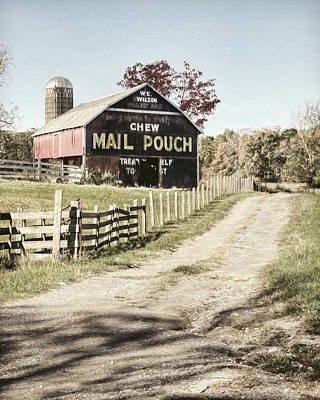 Mail Pouch Barn Photograph - Mail Pouch Lane by Lori Deiter