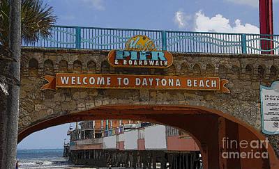 Main Street Pier And Boardwalk Print by David Lee Thompson