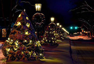 Photograph - Main Street Wellsboro At Christmas by Bernadette Chiaramonte